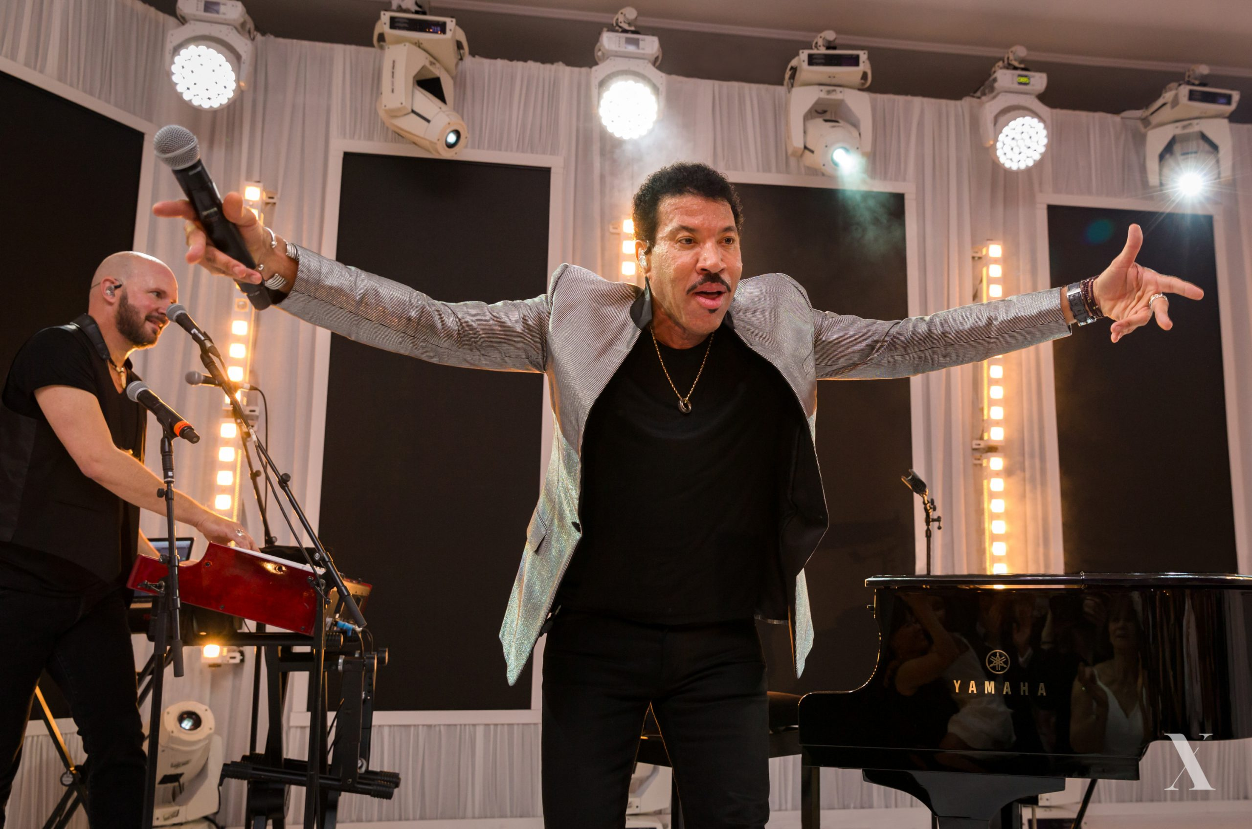 Book Lionel Richie for a Private Party | X Music Agency