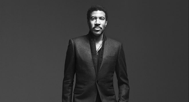 Book Lionel Richie